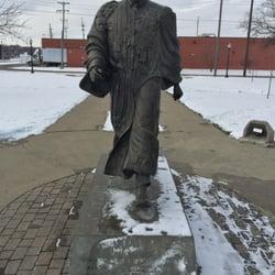 Dr Martin Luther King Jr Memorial Park Parks 507 509 N Rose St
