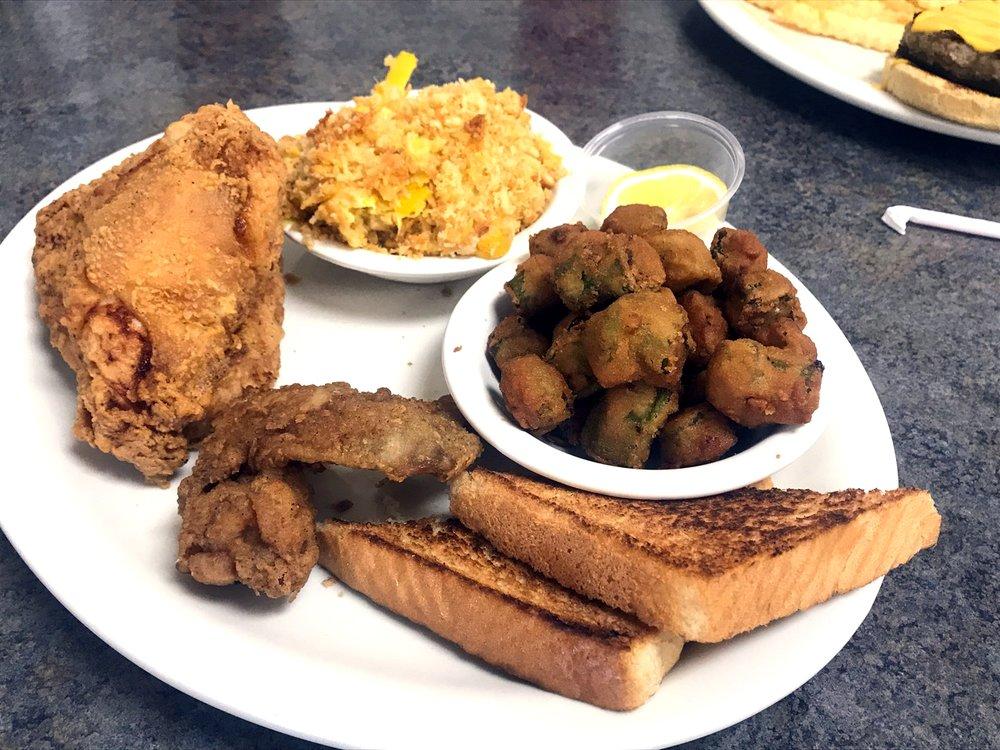 Karen's Cafe & Catering: 3700 N Pace Blvd, Pensacola, FL