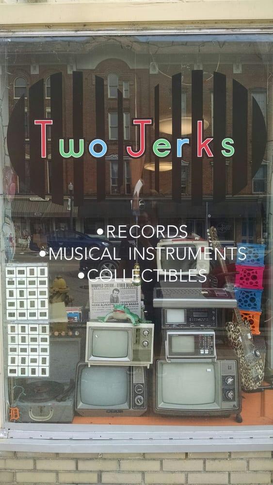 Two Jerks Music Musical Instruments Amp Teachers 22 E