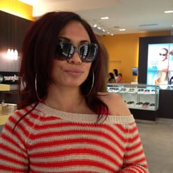 Sunglass Hut Reviews  sunglass hut 22 reviews eyewear opticians 2855 stevens