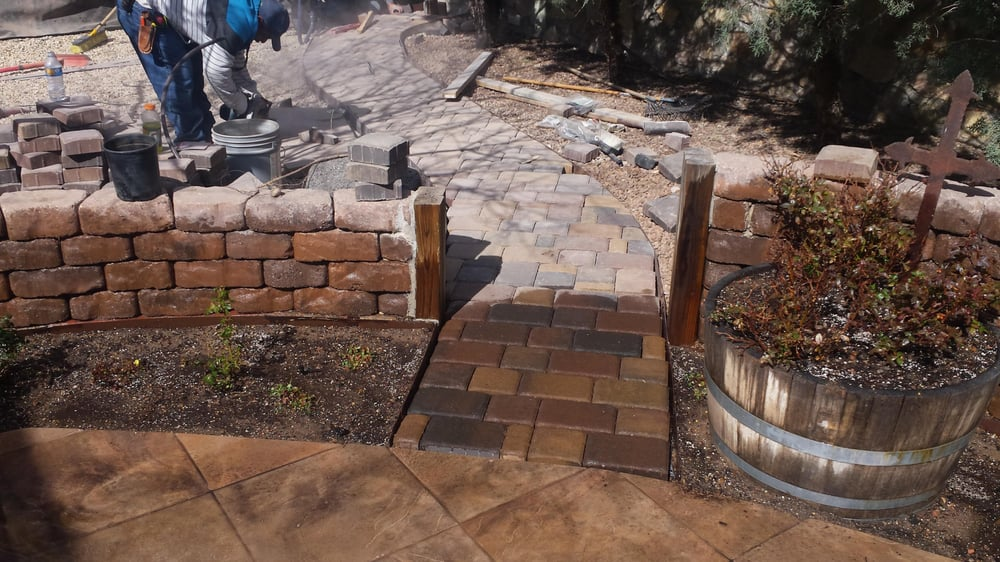 Roadrunner Landscaping & Maintenance: Hatch, NM