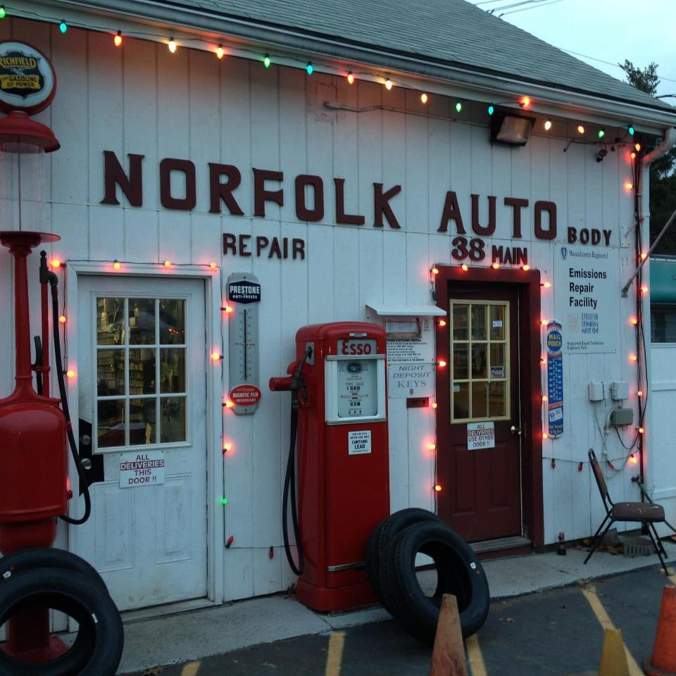 Towing business in Norfolk, MA