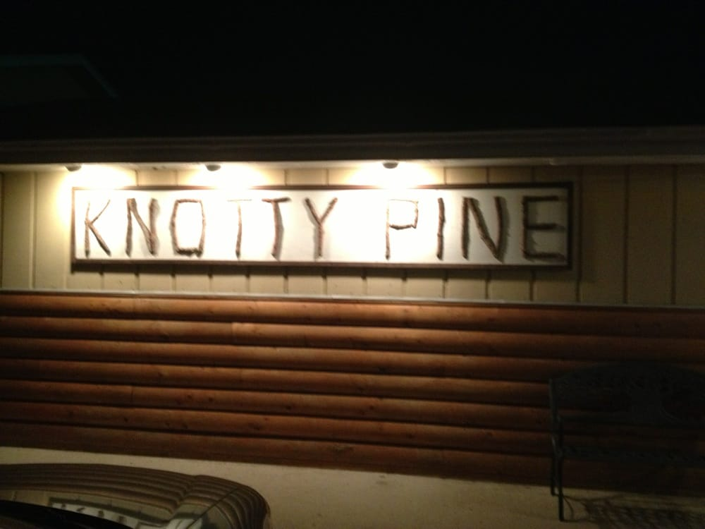 Knotty Pine: Petersburg, NE