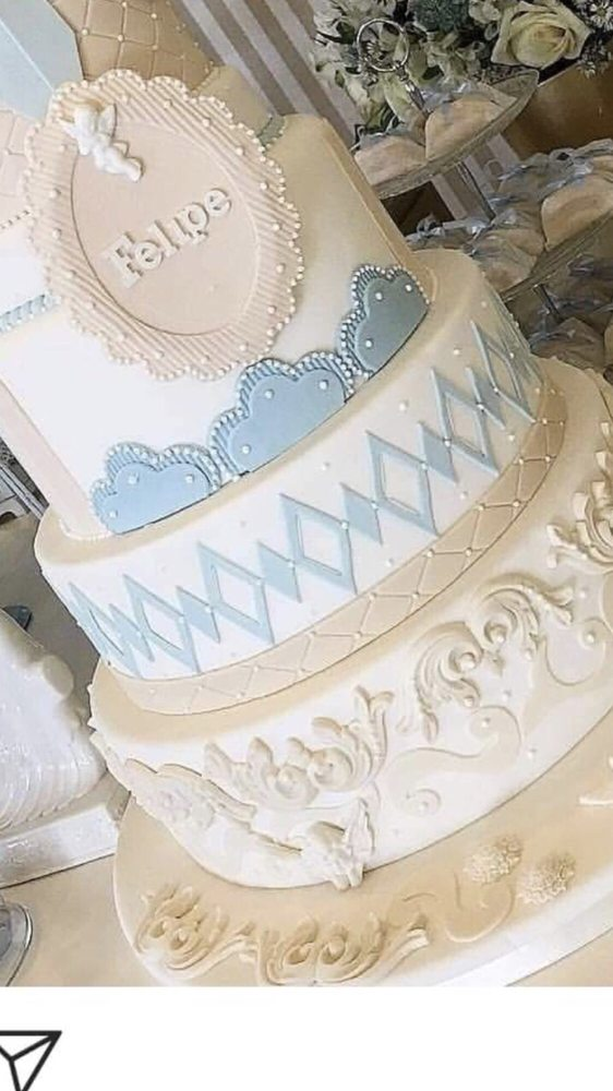 Cakes Plus: 804 S Dale Mabry Hwy, Tampa, FL