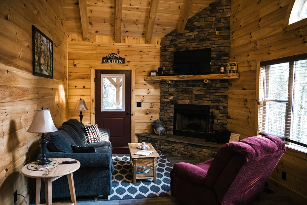 High Bridge Lodge and Cabins: Farmville, VA