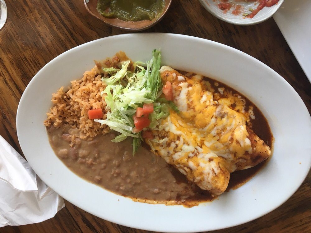 Alfonso's Authentic Mexican Food: 11252 Merritt St, Castroville, CA