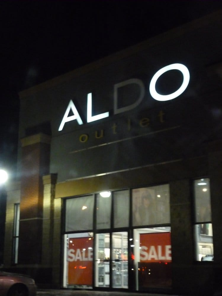 Aldo shoes zapater as 2047 99 st nw edmonton ab for Kitchen cabinets 99 street edmonton