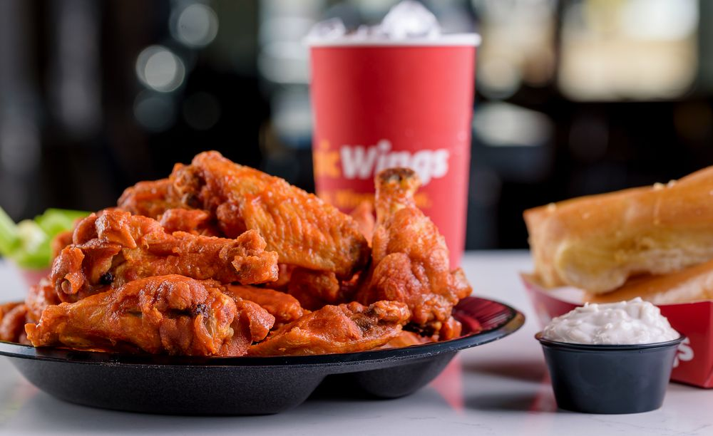 Epic Wings: 9331 Mission Gorge Rd, Santee, CA