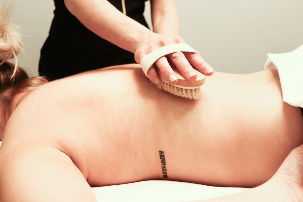 Jen's Massage Therapy: 1417 University Ave, Oxford, MS