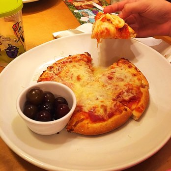 photo of olive garden italian restaurant san antonio tx united states kids - Olive Garden Pizza