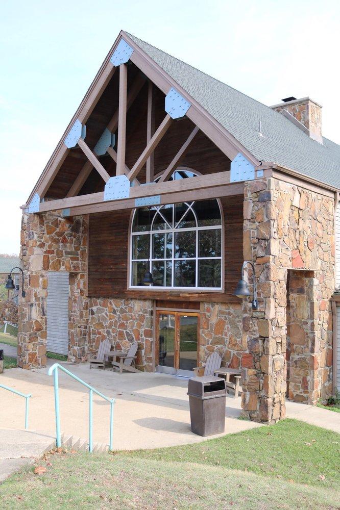 Lakeview Lodge: Beavers Bend Resort Park, Broken Bow, OK