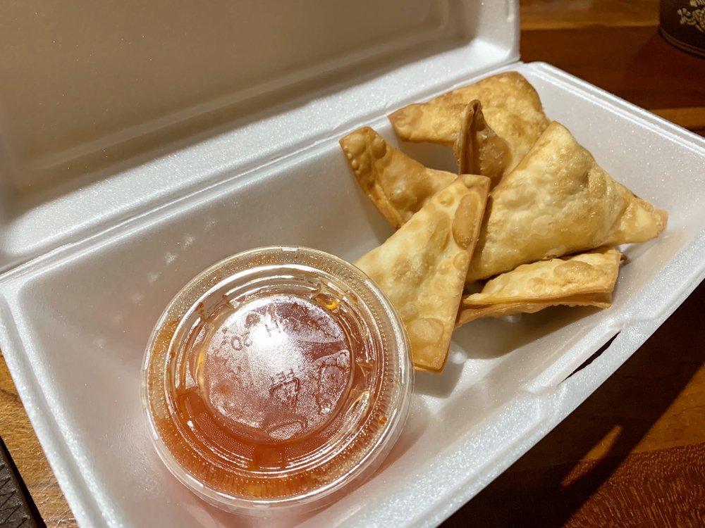 Food from Bangkok Grill