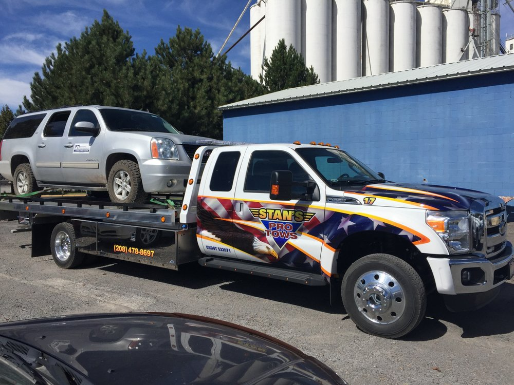 Stan's Pro Tows: 12016 Lakeshore Dr, Clermont, FL