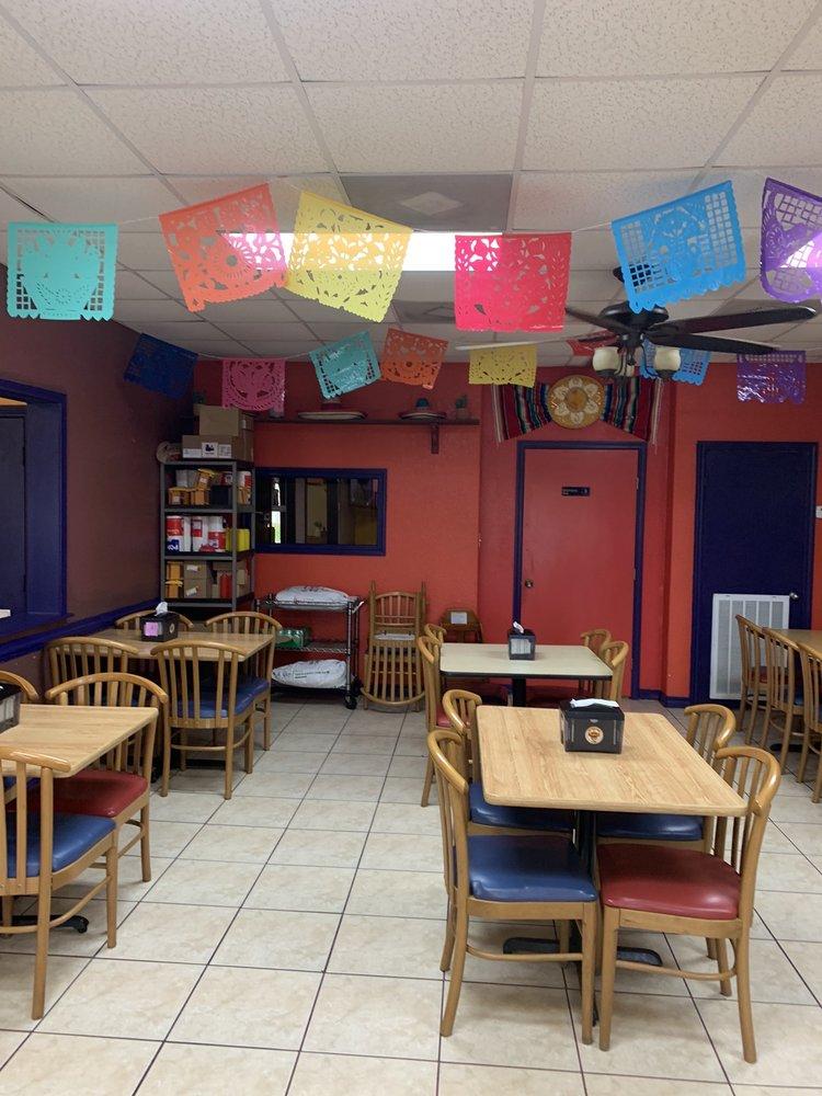 Don Birria Tacos: 3214 E Mile 11 N, Weslaco, TX