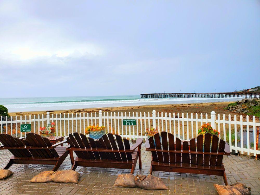 Cayucos Shoreline Inn: 1 N Ocean Ave, Cayucos, CA