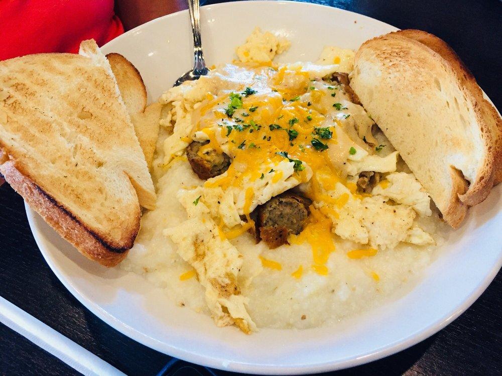Uptown Kitchen & Bar: 1303 N Main St, Jacksonville, FL