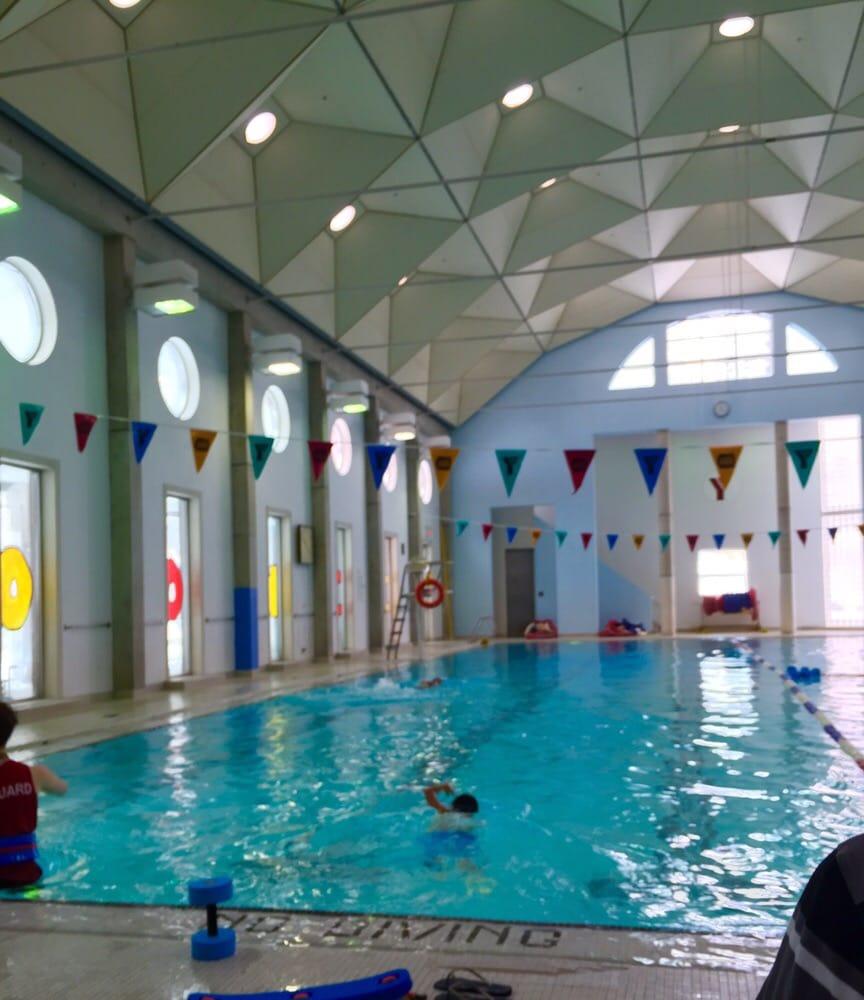 beautiful pool! great kid's swim instructions. - yelp