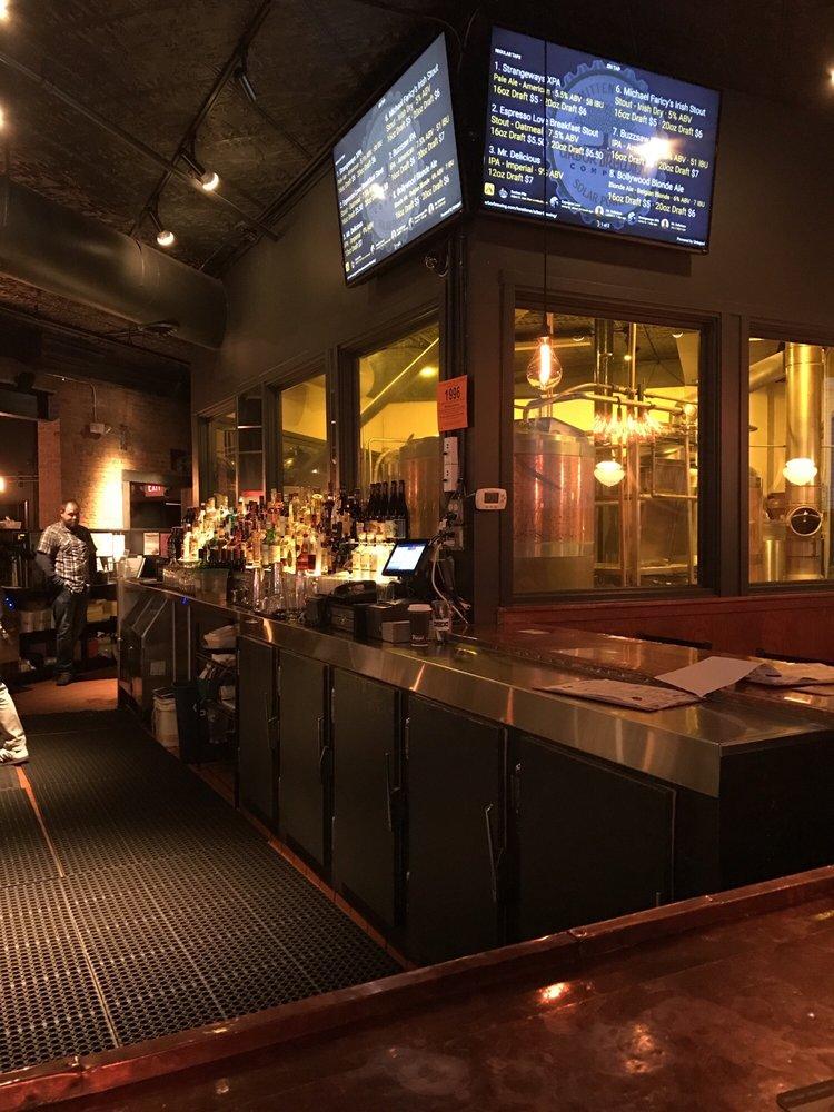 Arbor brewing company 129 foto e 356 recensioni for Affitti della cabina di ann arbor michigan