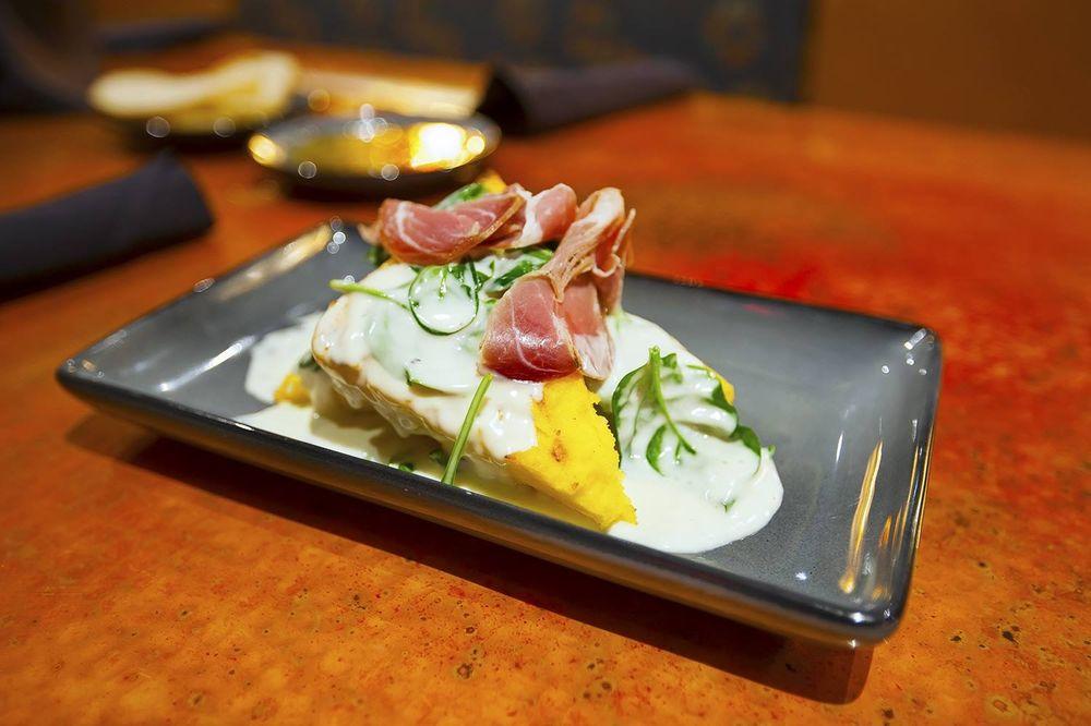 Marion's Mediterranean Restaurant and Tapas Bar: 7701 Reynolds Rd, Mentor, OH