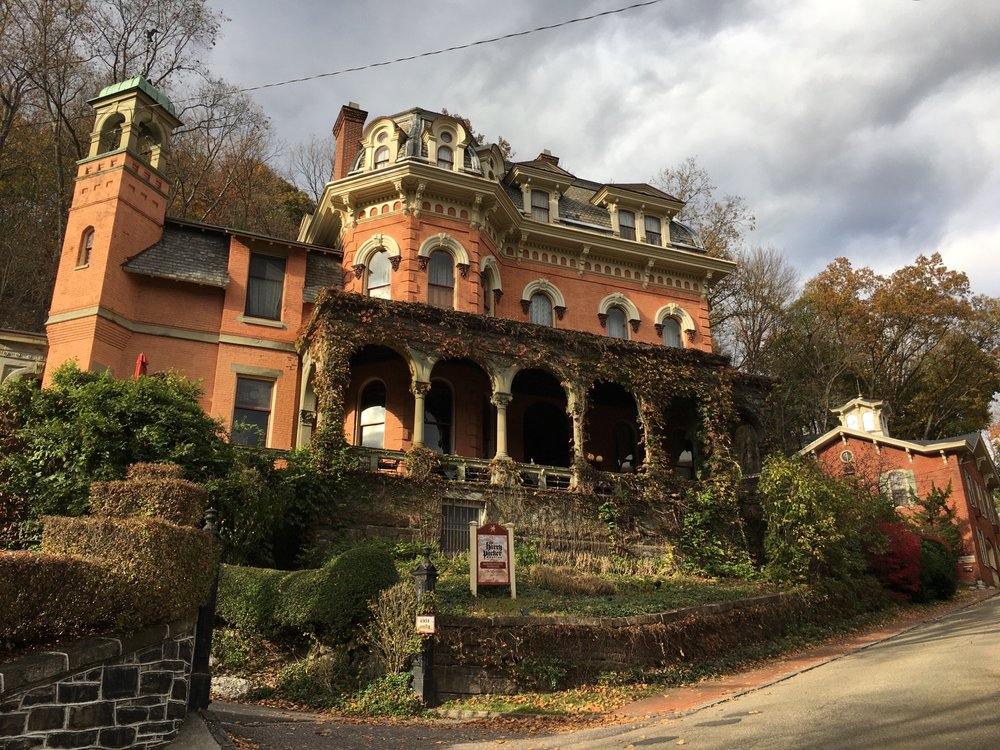 Harry Packer Mansion Inn: 19 Packer Ave, Jim Thorpe, PA