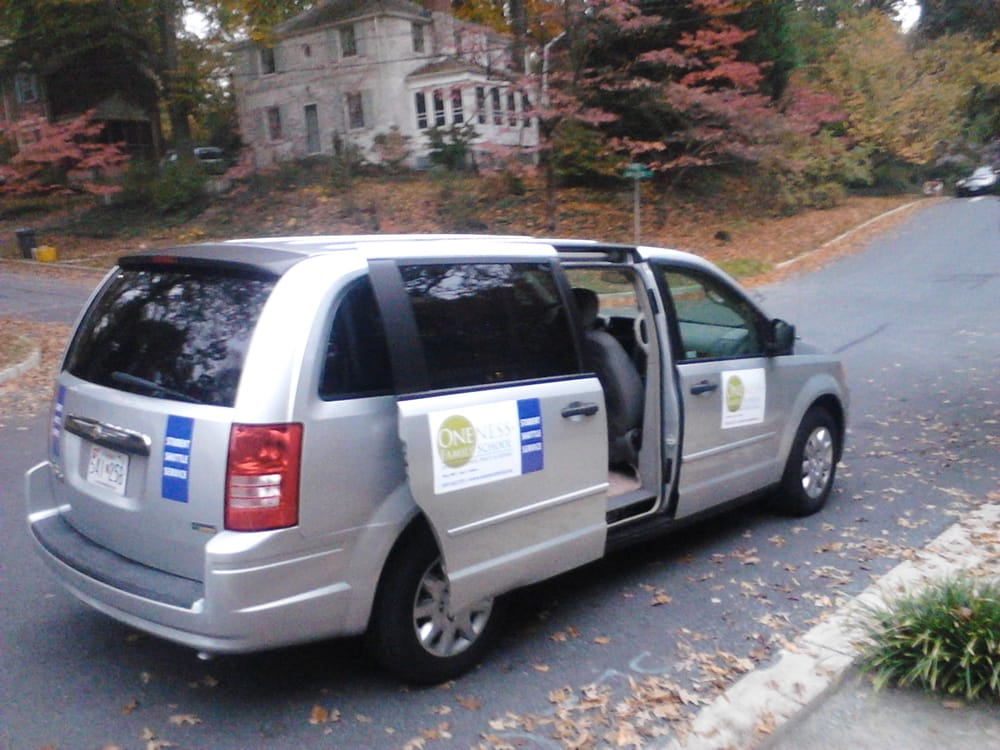 Airport Shuttle and Sedan Service: Rockville, MD