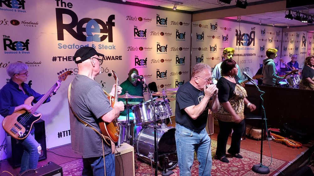 4w5 Blues Jam: 18 Carpenter Plz Rd, Wilmington, DE