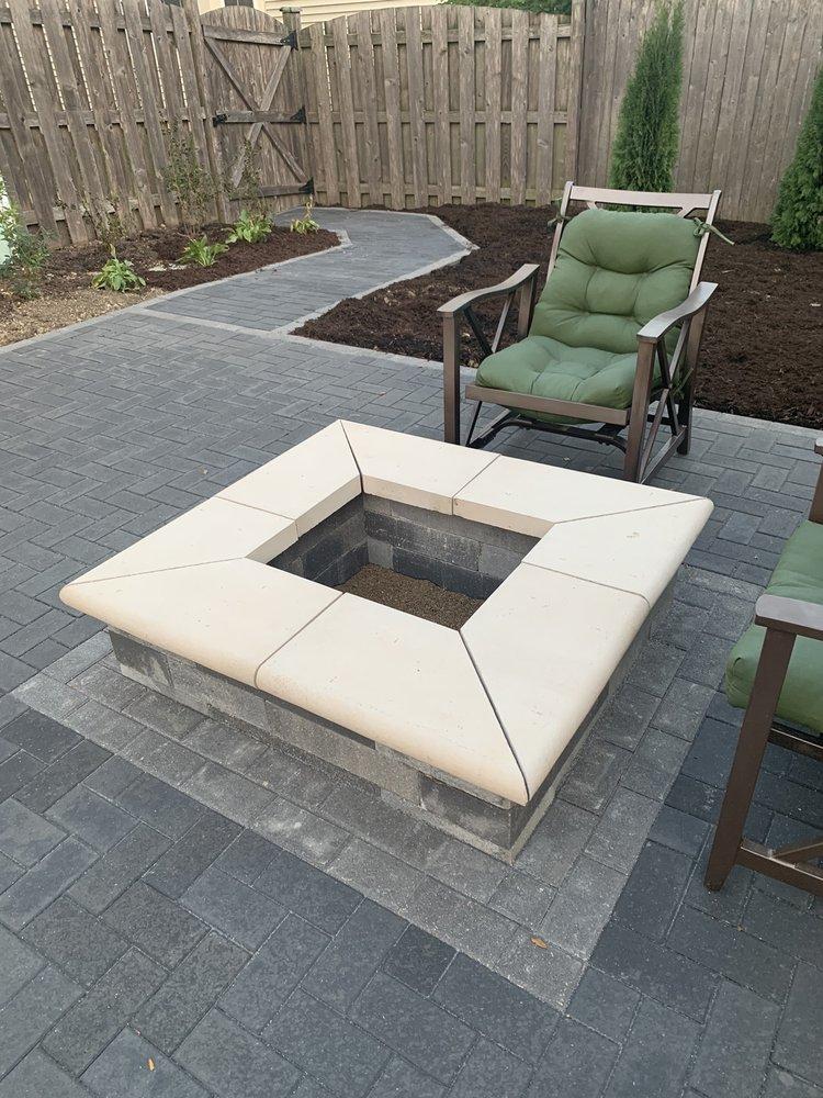 Elegant Outdoor Designs: 220 Keyes Ave, Hampshire, IL