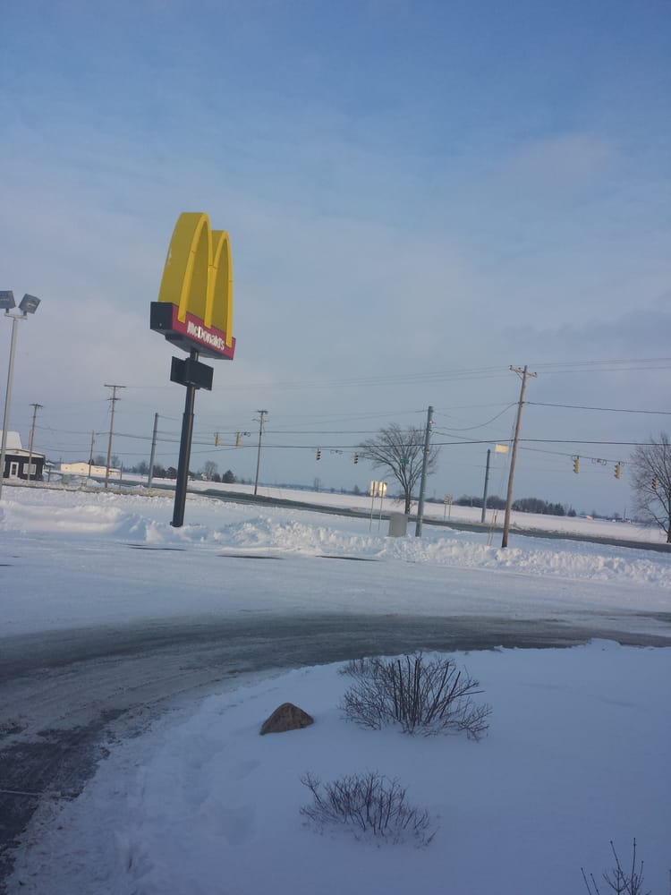 McDonald's: 7340 W State Road 28, Elwood, IN