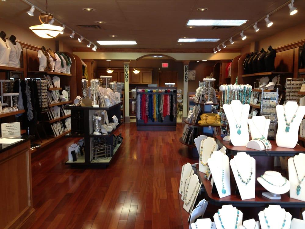 Jackie O'Neil Designs: 518 Liberty Hill Rd, Lumberton, NC