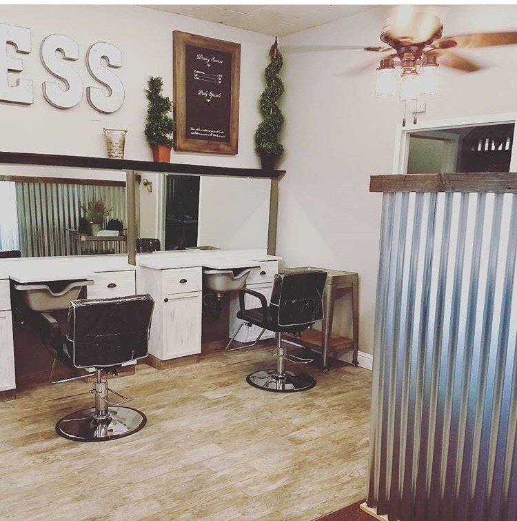 Relentless Hair Salon: 2673 Blossom Ave, Dos Palos, CA