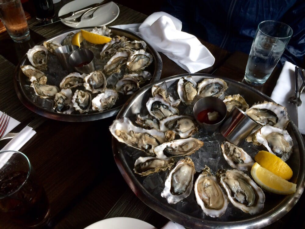 Happy hour oysters for 75 cents yelp for Flying fish happy hour