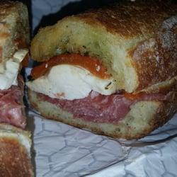 Amici's Gourmet Sandwich Shop