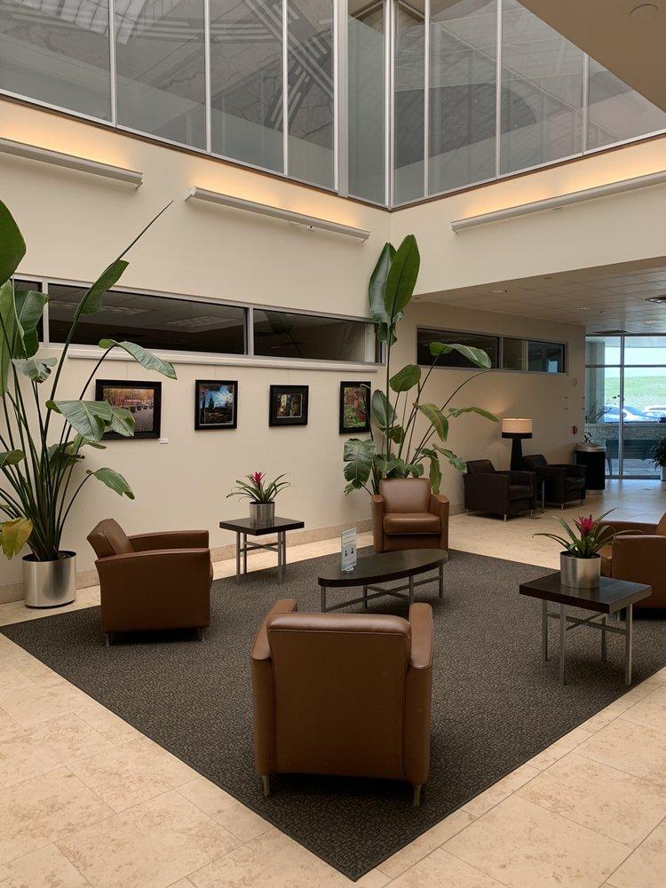 Charles B Wheeler Downtown Airport: 300 NW Richards Rd, Kansas City, MO