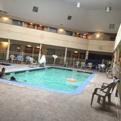 Holiday Inn Express Suites Brighton South Us 23