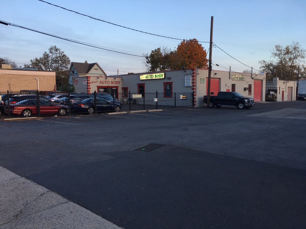 Atlantic Auto Body and Collision Repair: 501 Atlantic Ave, Freeport, NY