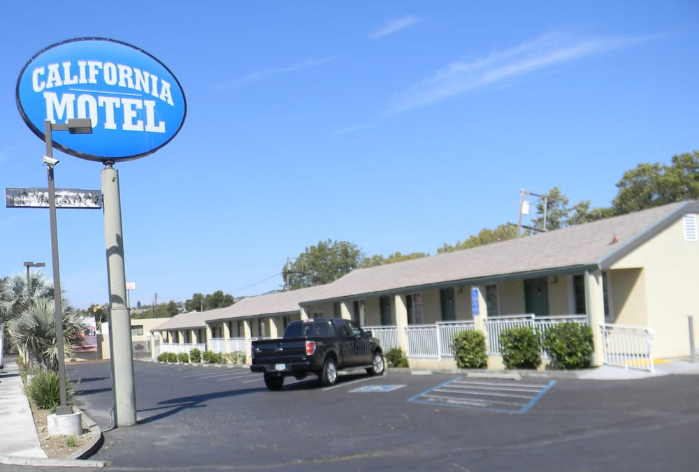 California Motel: 700 Lincoln Rd E, Vallejo, CA