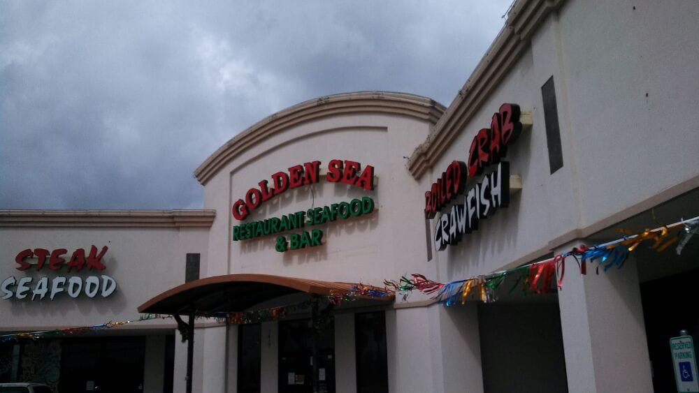 Golden sea restaurant closed 11 reviews seafood for Kemah fish market