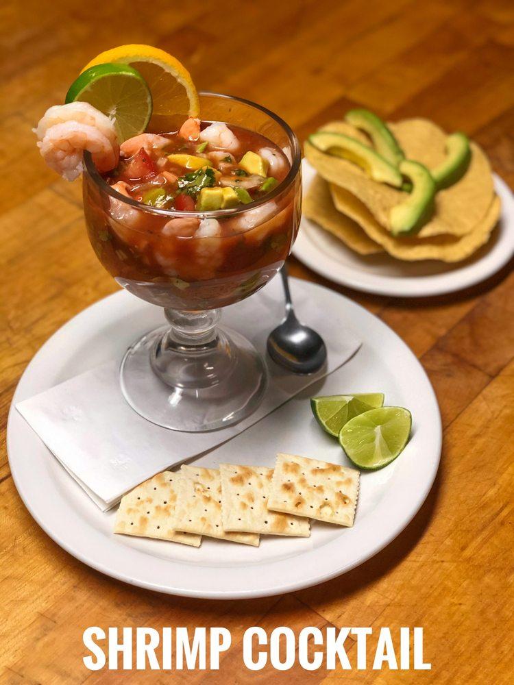 El Pueblito Mexican Restaurant & Buffet: 112 E 2nd St, Beardstown, IL