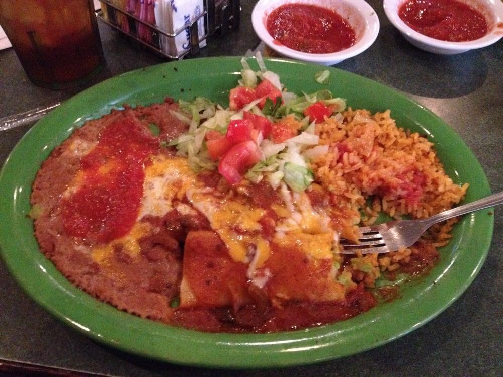 Alejandra's Mexican & American Food: 103 S 6th St, Ballinger, TX