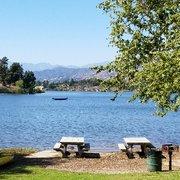 Frank g bonelli regional park 387 photos 153 reviews for Puddingstone lake fishing