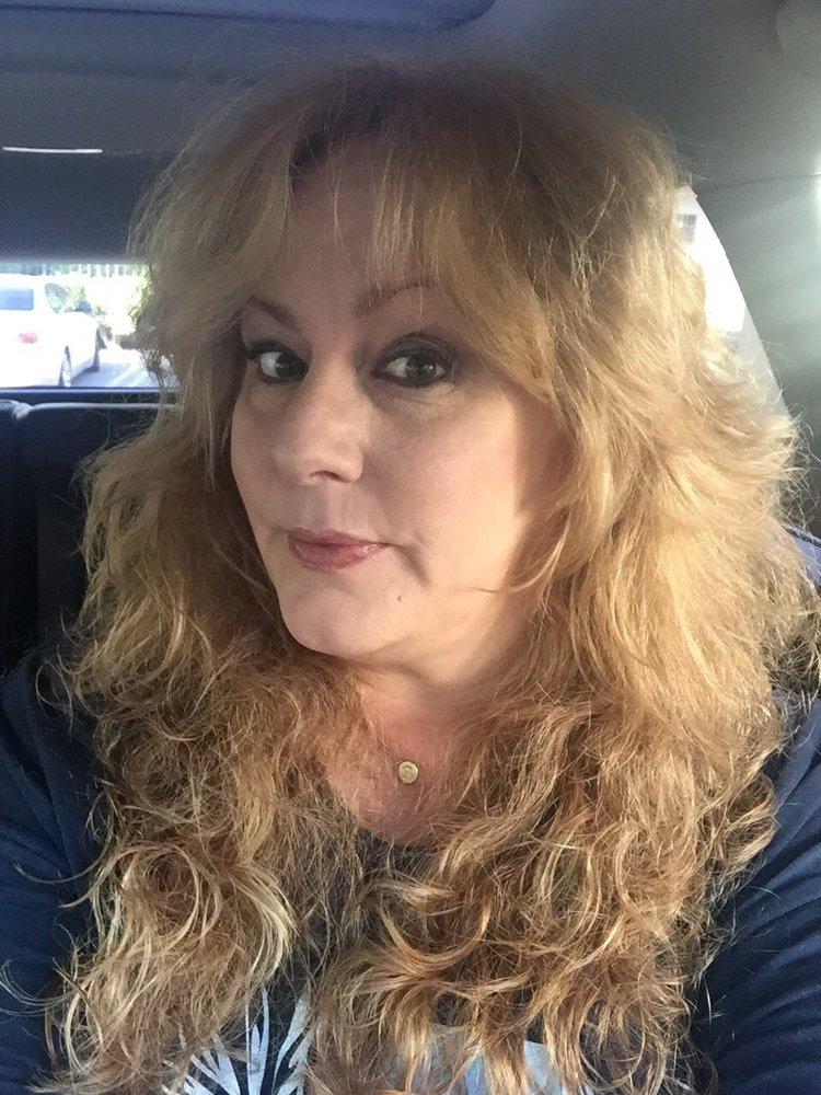 Hair pyrates 10 avis coiffeurs salons de coiffure for Samantha oups au salon de coiffure