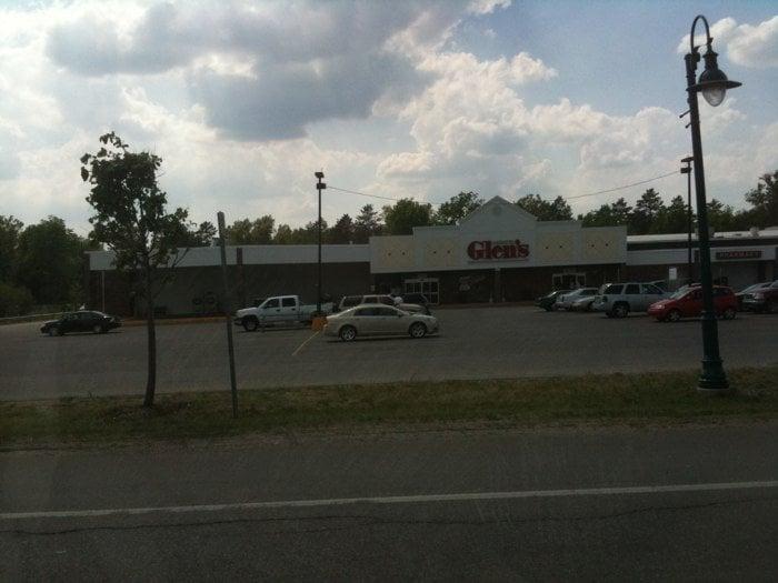Family Fare Supermarket - Grayling: 2470 S I 75 Business Lp, Grayling, MI