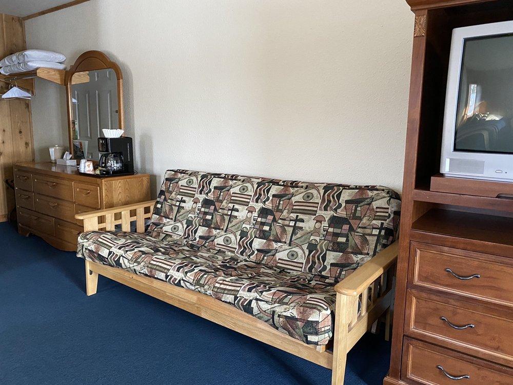 Mariner North Resort: 245 Gratiot St, Copper Harbor, MI