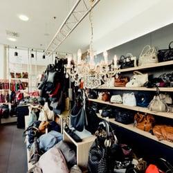 d58a6cd072189 Der Taschenladen Frankfurt - 14 Photos - Luggage - Konrad-Adenauer-Str.5