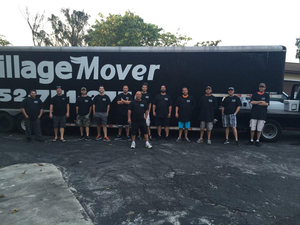 Village Mover: 611 N Dixie Ave, Lady Lake, FL
