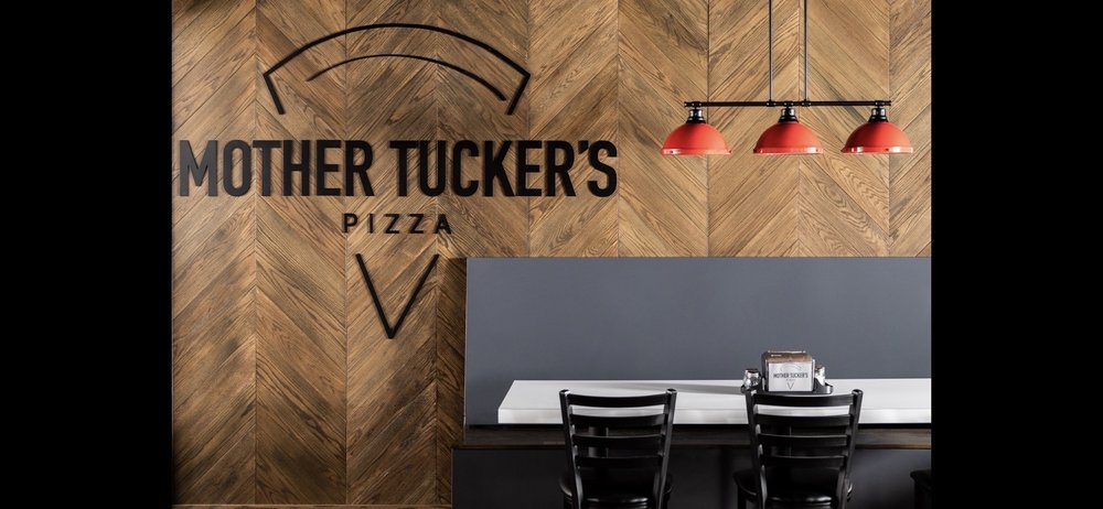 Mother Tucker's Pizza: 2 SE 20th Rd, Lamar, MO