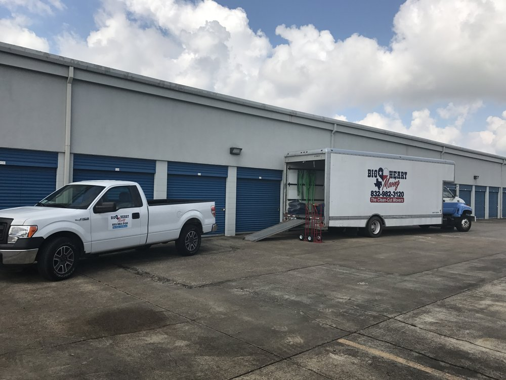 Big Heart Moving: 5205 Broadway St, Pearland, TX