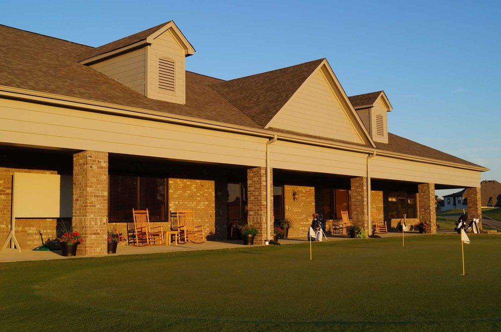 Fair Oaks Golf Club: 220 Fairoaks Dr, Oakland, TN