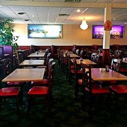 Photo Of King S Wok Hopkins Mn United States Dine In Area