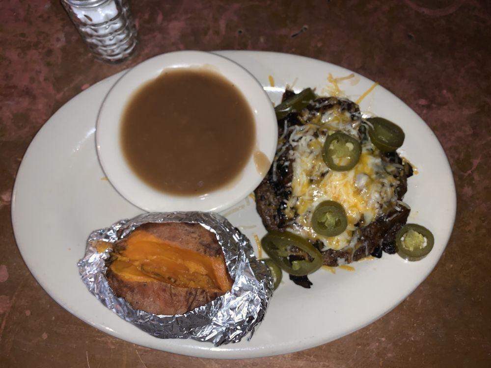 Running M Bar & Grill: 520 St Paul St, Gonzales, TX